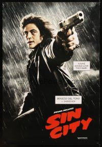 9w006 SIN CITY teaser DS 1sh '05 Frank Miller, cool image of Benicio Del Toro as Jackie Boy!
