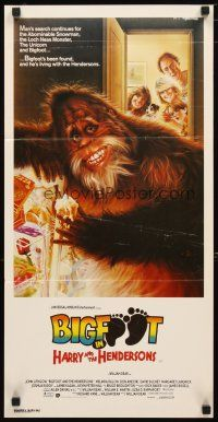 2d594 HARRY & THE HENDERSONS Aust daybill '87 Bigfoot lives with John Lithgow, different art!
