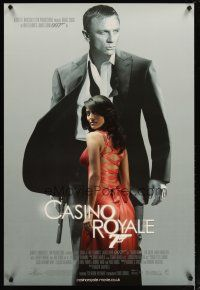 2p011 CASINO ROYALE DS English 1sh '06 Daniel Craig as James Bond, sexy Caterina Murino!