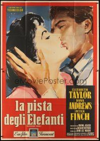 3c043 ELEPHANT WALK Italian 2p '54 different art of Liz Taylor & Peter Finch kissing by Casaro!