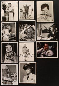 3g102 LOT OF 11 MEN INTO SPACE TELEVISION COLOR AND B&W 8X10 STILLS '59 astronaut images & more!