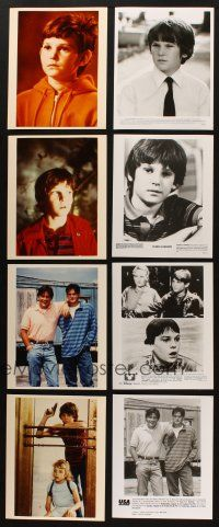 3g106 LOT OF 45 COLOR AND BLACK & WHITE MOVIE, TV & PUBLICITY STILLS OF HENRY THOMAS '80s-90s