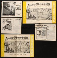 3g037 LOT OF 5 CUT & UNCUT PRESSBOOKS '50s-70s Kentucky Rifle, Day of the Jackal & more!