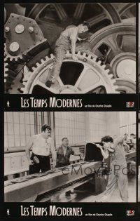 5a073 MODERN TIMES set of 4 French LCs R02 great images of Charlie Chaplin w/cast and gears!