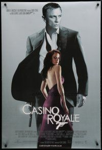 7d419 CASINO ROYALE DS English 1sh '06 Daniel Craig as James Bond & sexy Eva Green as Vesper Lynd!