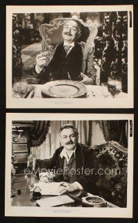 7h934 HOUSE OF STRANGERS 2 8x10 stills '49 cool close ups of Edward G. Robinson sitting at table!