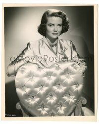 8h271 DOROTHY MALONE 8.25x10 still '50s pretty close portrait standing behind heart-shaped chair!