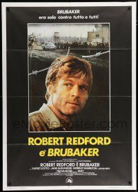 4c020 BRUBAKER Italian 1p '80 warden Robert Redford is the most wanted man in Wakefield prison!
