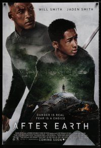 4d034 AFTER EARTH crash style int'l advance DS 1sh '13 image of Will Smith & son Jaden Smith!