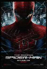 4d048 AMAZING SPIDER-MAN teaser DS 1sh '12 portrait of Andrew Garfield in title role over city!
