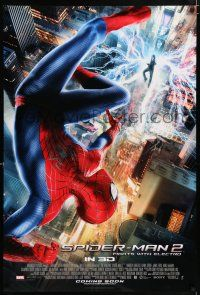 4r037 AMAZING SPIDER-MAN 2 int'l advance DS 1sh '14 Andrew Garfield, fights with Electro!