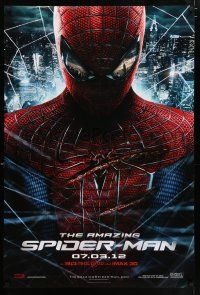 4r036 AMAZING SPIDER-MAN portrait style teaser DS 1sh '12 Andrew Garfield in title role over city!