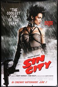 6c005 SIN CITY DS English bus stop '05 graphic novel by Frank Miller, Rosario Dawson as Gail!