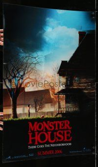 9j026 MONSTER HOUSE lenticular teaser 1sh '06 there goes the neighborhood, see it in 3-D!