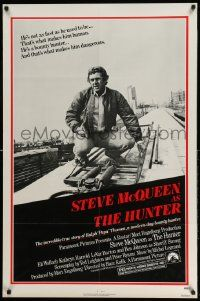 2g423 HUNTER 1sh '80 great image of bounty hunter Steve McQueen!