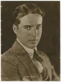 2x035 CHARLIE CHAPLIN 7x9 German Ross postcard '20s pensive portrait working for United Artists!
