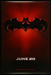 2z073 BATMAN & ROBIN advance DS 1sh '97 Clooney, O'Donnell, cool image of bat symbol!