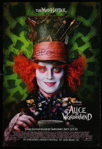 3r064 ALICE IN WONDERLAND advance DS 1sh '10 close-up image of Johnny Depp as the Mad Hatter!
