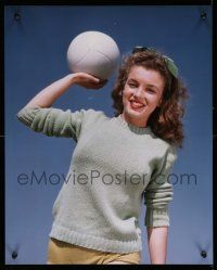4j063 MARILYN MONROE color 16x20 cibachrome print '90s super young Norma Jean, holding volleyball!