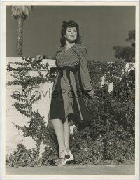 4s032 ANN RUTHERFORD deluxe 10x13 still '40s full-length wearing pretty dress leaning on wall!
