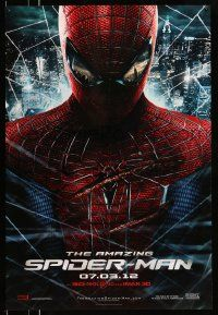 4w046 AMAZING SPIDER-MAN teaser DS 1sh '12 portrait of Andrew Garfield in title role over city!