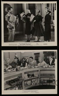 6m836 HOW TO MARRY A MILLIONAIRE 6 8x10 stills '53 all with gorgeous Betty Grable + 2 w/Monroe!