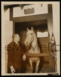 6m997 VICTOR MCLAGLEN 2 8x10 stills '30s portrait images of the star, one with Duchess the horse!