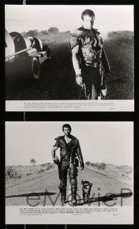 6m165 MAD MAX 2: THE ROAD WARRIOR presskit w/ 11 stills '82 Mel Gibson returns in the title role!