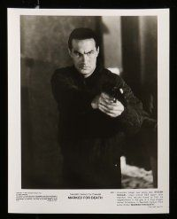 6m322 MARKED FOR DEATH presskit w/ 8 stills '90 Steven Seagal is a good cop in a bad mood!