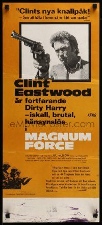 1f017 MAGNUM FORCE Swedish stolpe '73 Clint Eastwood is Dirty Harry pointing his huge gun!