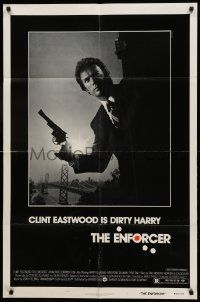 1j286 ENFORCER 1sh '76 photo of Clint Eastwood as Dirty Harry by Bill Gold!