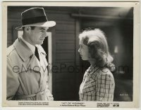 1s055 ACT OF VIOLENCE 8x10.25 still '49 great close up of Robert Ryan staring at sexy Janet Leigh!