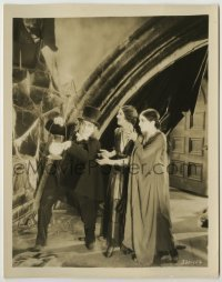 2a033 LONDON AFTER MIDNIGHT 8x10.25 still '27 creepy Lon Chaney in vampire makeup with two ladies!