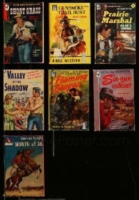 2m008 LOT OF 7 WESTERN PAPERBACK BOOKS '40s cool cowboy stories with great cover artwork!