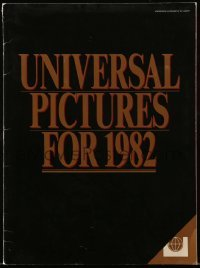 3y035 UNIVERSAL 1982 campaign book '82 includes great advance ad for E.T., The Thing + more!
