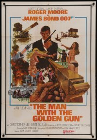5p003 MAN WITH THE GOLDEN GUN Indian '74 Roger Moore as James Bond by Robert McGinnis