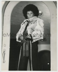 7m098 CLEOPATRA JONES deluxe 11x13.75 still 1973 best portrait of bad Tamara Dobson w/machine gun!