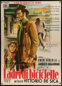 7m171 BICYCLE THIEF Italian 1p R1955 Vittorio De Sica's classic Ladri di biciclette, great art!
