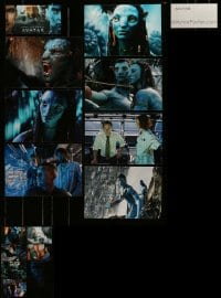 8m040 LOT OF 14 AVATAR COLOR STILLS AND 1 LENTICULAR POSTCARD 2009 cool scenes from the movie!