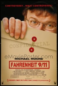 8p032 FAHRENHEIT 9/11 DS Canadian 1sh 2004 Michael Moore documentary about September 11, 2001!