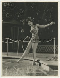 9x013 ANN RUTHERFORD deluxe 10x13 still 1940s testing pool water with her foot in sexy swimsuit!