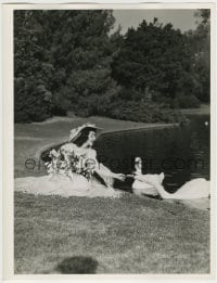 9x010 ANN RUTHERFORD deluxe 10x13 still 1940s feeding swans & holding flowers in pretty dress!