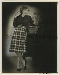 9x168 PHYLLIS THAXTER deluxe 11x14 still 1945 full-length portrait holding notepad & pen!