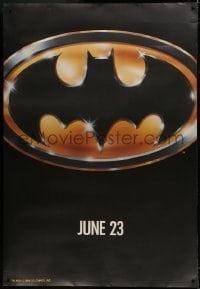 1w059 BATMAN DS bus stop 1989 directed by Tim Burton, cool image of the bat logo!
