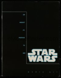 3x034 STAR WARS: THE CLONE WARS 6x9 media kit 2008 contains a CD + lots of images & information!