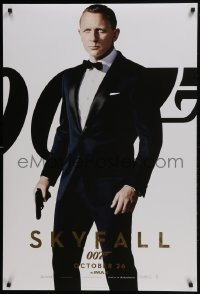 4c869 SKYFALL int'l teaser DS 1sh 2012 Daniel Craig as James Bond over white background, IMAX, rare!