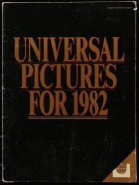 4j028 UNIVERSAL 1982 campaign book 1982 includes great advance ad for E.T., The Thing + more!