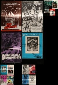 4m204 LOT OF 16 UNCUT HORROR/SCI-FI PRESSBOOKS 1960s-1970s advertising for a variety of movies!