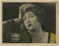 4p309 FIRST WOMAN LC 1922 great super close up, scared Mildred Harris thinks she killed him!