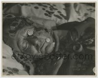5c008 HAXAN Danish 9.25x11.75 still R1940 The Witches, image of dead person covered in coins!